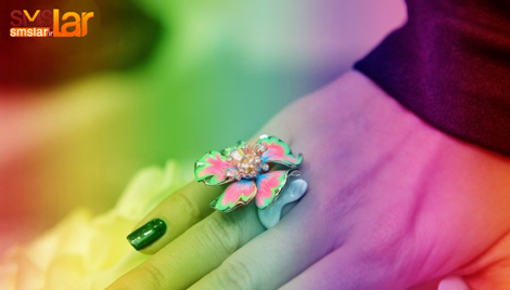 جدیدترین بدلیجات رنگی و جواهر آلات شیک